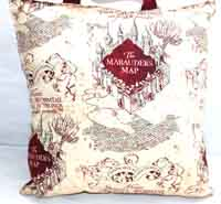 Reading Lord of the Rings pocket pillow-Reading pillow, Lord of the rings, pocket pillows, pillows